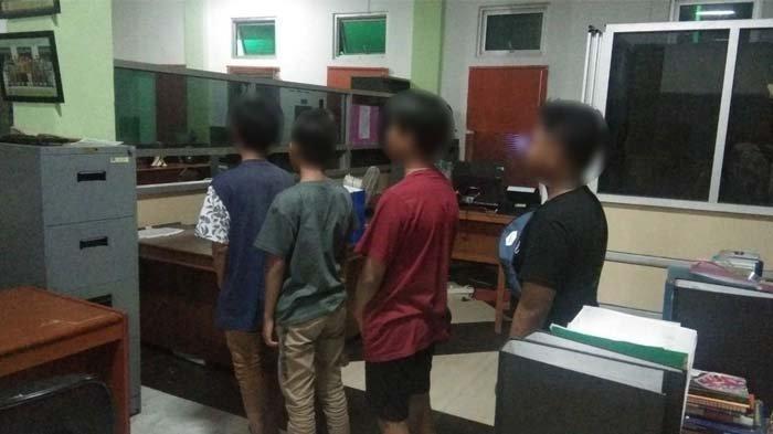 Momen Lebaran, Empat Remaja di Gantung Ini Tepergok Satpol PP Lagi Pesta Tuak