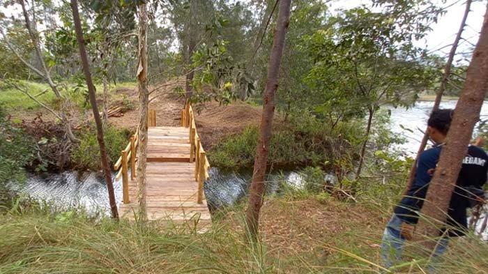 Geosite Garumedang Textites, di Dusun Garumedang Desa Sukamandi, Kecamatan Damar, Kabupaten Belitung Timur. Minggu (16/5/2021).