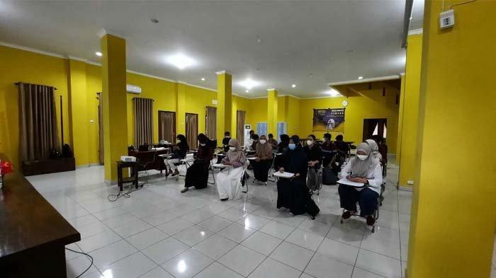 PPI Belitung Timur Gelar Kelas Menulis Fiksi, Diajak Jalan-jalan Supaya Peka
