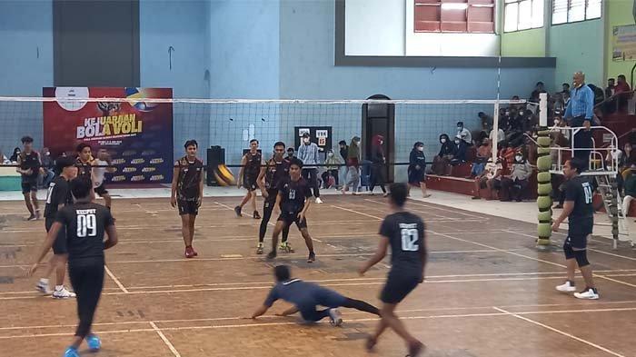 Kejuaraan Bola Voli Piala Gubernur Bangka Belitung 2021, VBK Ungguli Brother di Babak Penyisihan