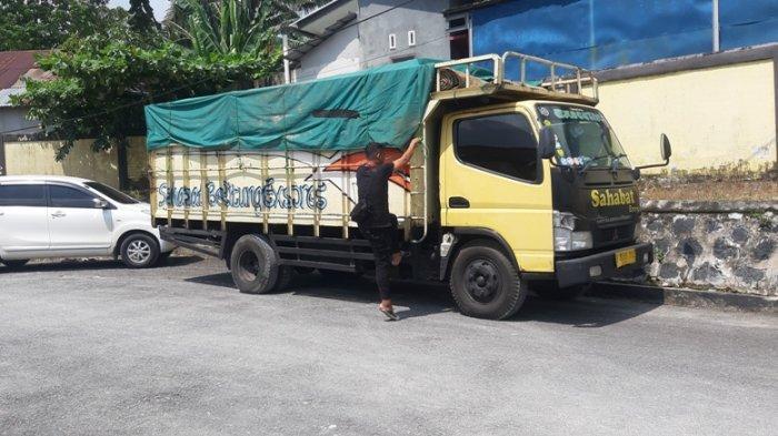 Polda Babel Cegat Truk Bermuatan Kayu Seruk Menyeberang Keluar Pulau Belitung