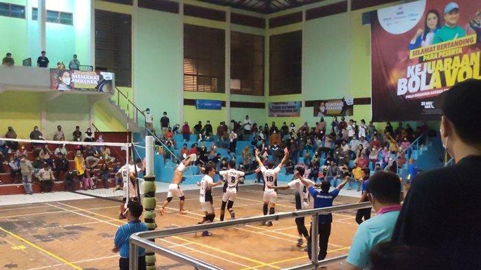 Partai Final Putra Basecamp vs Pingkong City, Tim Ini Sabet Juara dari Kemenangan Tiga Set