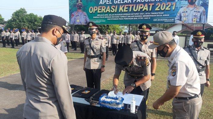 Penyesuaian Struktur Organisasi Baru, Kapolres Belitung Lantik dan Kukuhkan Tiga PJU