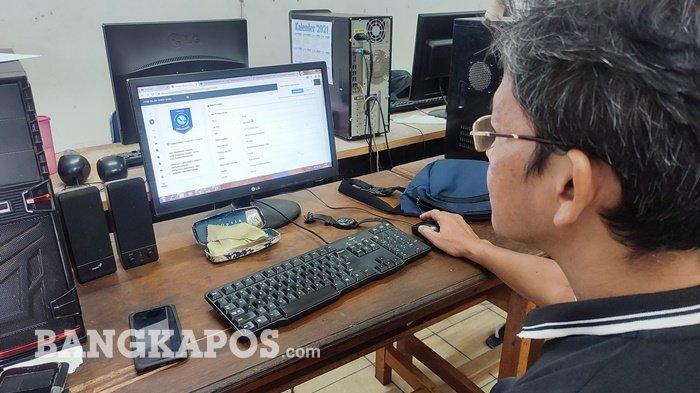Lakukan PPDB via Daring, Orang Tua Siswa Sempat Kesulitan Akses Laman Pendaftaran