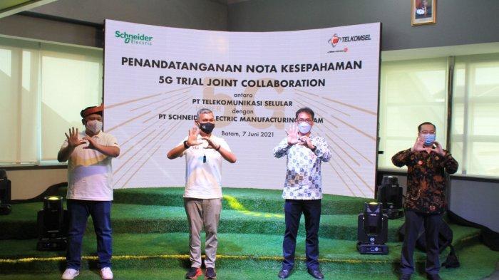 Telkomsel Bekerja Sama dengan Schneider Electric, Dorong Pemanfaatan Teknologi 5G untuk Industri 4.0