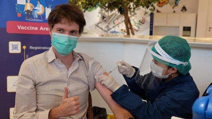 Berikan Pelayanan Optimal Selama Pandemi Covid-19, 75 Persen Karyawan XL Axiata Sudah Divaksin