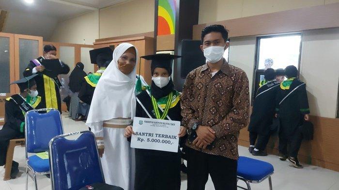 Jadi Santri Madrasah Diniyah Terbaik di Belitung Timur, Sabrina Raih Hadiah Rp 5 Juta dan Sepeda
