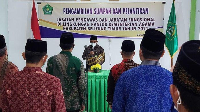 Lantik 13 Pejabat di Kemenag Beltim, Novarianto Ingatkan Setia Pada Pancasila dan NKRI