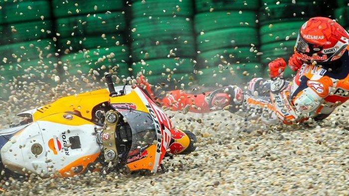 Marc Marquez Jatuh Lagi, Tuntut Honda Tingkatkan Keselamatan Pebalapnya Dijaga