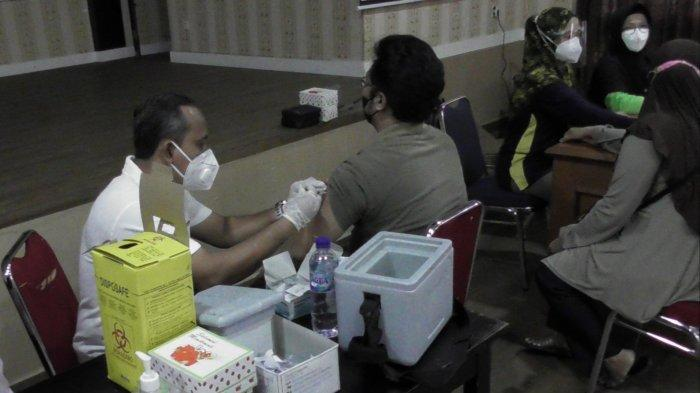 Polres Belitung Gelar Vaksin Gratis, Siapkan 500 Vial Vaksin Sinovac