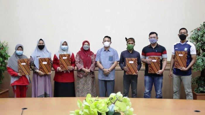Aan Berikan Penghargaan Kepada Inovator di Lingkup Pemkab Beltim