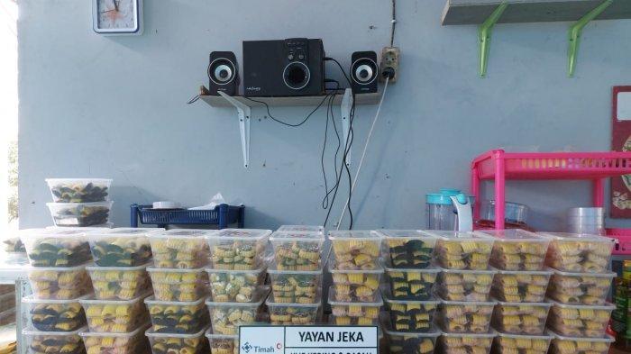 Berbagai kue kering yang diproduksi Yayan Jeka
