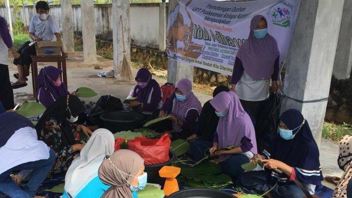 Puskesmas Kelapa Kampit Berkurban Satu Sapi dan Tiga Kambing, 230 Paket ke Lansia dan ODGJ