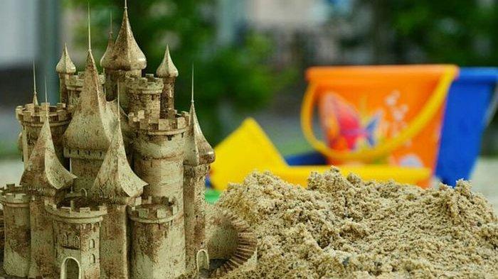 3 Negara Ini Punya Peraturan Unik, Satu di Antaranya Tak Boleh Membuat Istana Pasir di Pantai