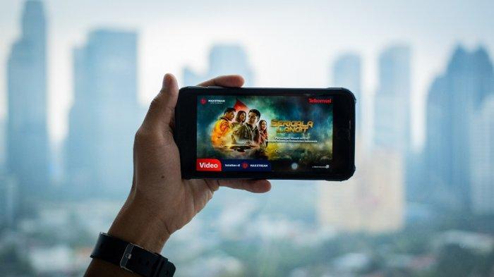 MAXstream Rilis Film Orisinal Serigala Langit di Momen HUT ke-76 Kemerdekaan RI