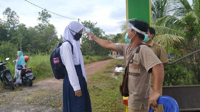 Belitung Timur Kembali 'Rumahkan' Siswa Imbas Angka Positif Covid-19 yang Naik