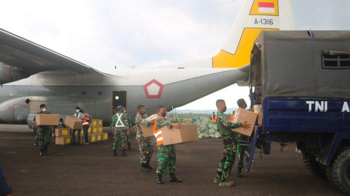 Paket Obat-obatan Covid-19 Dari Panglima TNI Tiba di Belitung, Danlanud: Segera Kami Bagikan