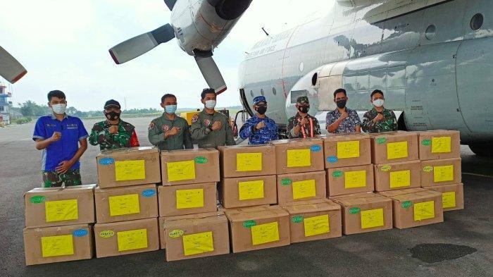 Bantuan obat-obatan untuk penanganan Covid-19 dari TNI Marsekal TNI Dr. (H.C.) Hadi Tjahjanto saat tiba di Bandara HAS Hanandjoeddin, Sabtu (4/9/2021).