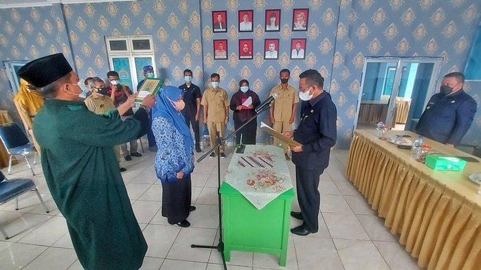 Bupati Lantik Direktur RSUD Belitung Timur, Burhanudin Ingatkan Maksimalkan Pelayanan ke Masyarakat