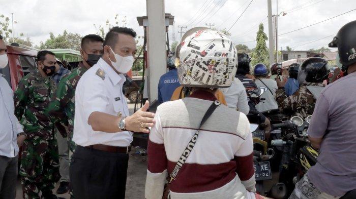 BBM Langka, Bupati Belitung Timur Sidak ke SPBU, Jangan Ada Lagi yang Memanipulasi