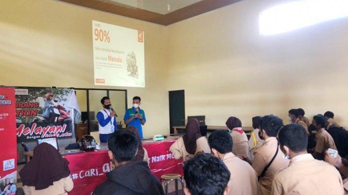Pentingnya Cari_Aman Bersama Siswa-siswi SMKN 2 Tanjungpandan