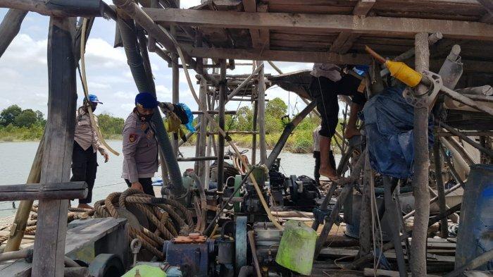 Razia TI Ilegal di DAS Lenggang Gantung, Polisi Temukan 17 Ponton Rajuk - 20211002-ti1.jpg