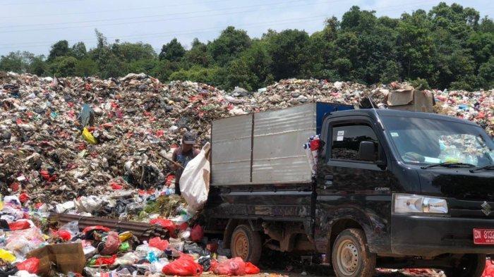 Petugas Khawatir Temukan Limbah Medis di UPT TPA Gunung Sadai