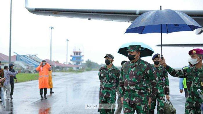Bupati Belitung Bersama Forkopimda Sambut Kedatangan KASAL dan Gubernur di Belitung