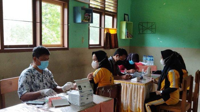 Erin Siswi SMPN 2 Gantung Deg-degan Divaksinasi Covid-19, Berharap Bisa Sekolah Normal Lagi
