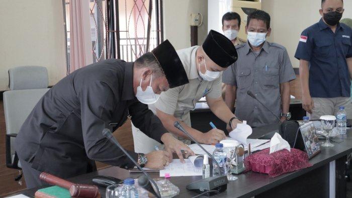 Bupati dan Ketua DPRD Belitung Timur Sepakat Plafon APBD 2022 Rp901 Miliar