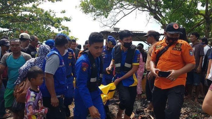 Perahu Terbalik Terombang-ambing, Nelayan Matras Ditemukan Tewas Mengambang di Pantai Teluk Uber