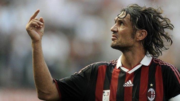 Fans Milan Sambut Hangat Paolo Maldini  Comeback  AC Milan