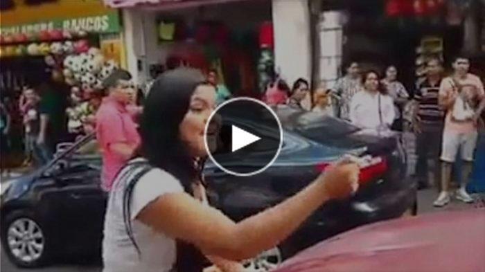 (VIDEO) Marahnya Istri yang Pergoki Suami Selingkuh, Seremmm