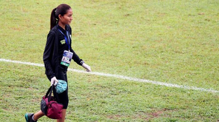 Fisioterapis Cantik PBR Bikin Heboh Piala Sudirman