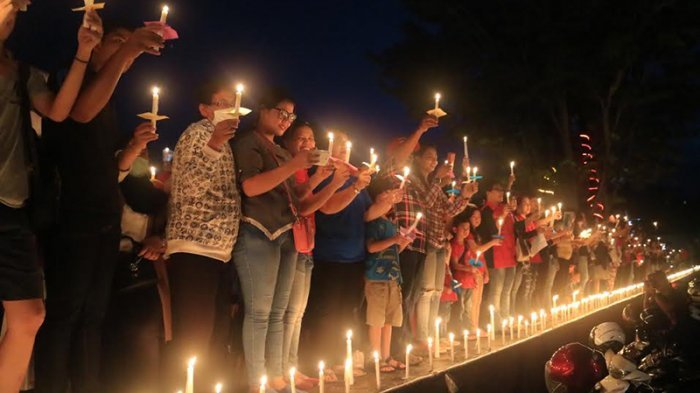 Aksi Seribu Lilin Untuk Ahok di Kampung Halamannnya di Belitung Timur, Ada Kelompok Yang Menolak