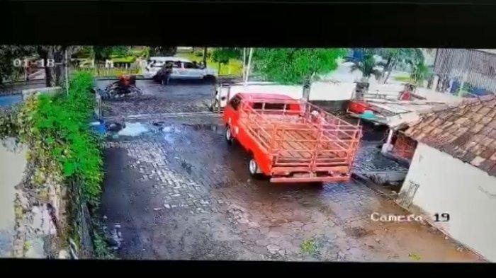 Kawanan Perampok Todong Pistol ke Pegawai SPBU, Gondol Uang Rp561 Juta, Aksi Pelaku Terekam CCTV