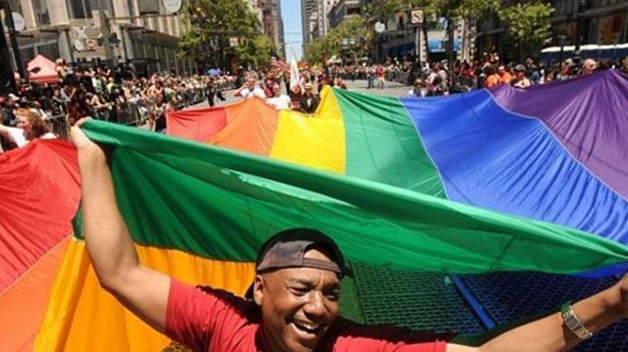 Pemblokiran Situs LGBT Dituding Inkostitusional
