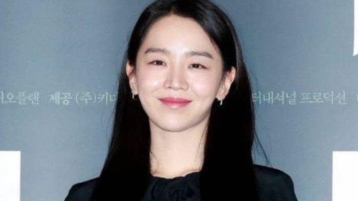 Sukses di 'Mr.Queen', Shin Hye Sun Diincar Jadi Pemeran Utama Spin-Off Film Thriller 'Door Lock'