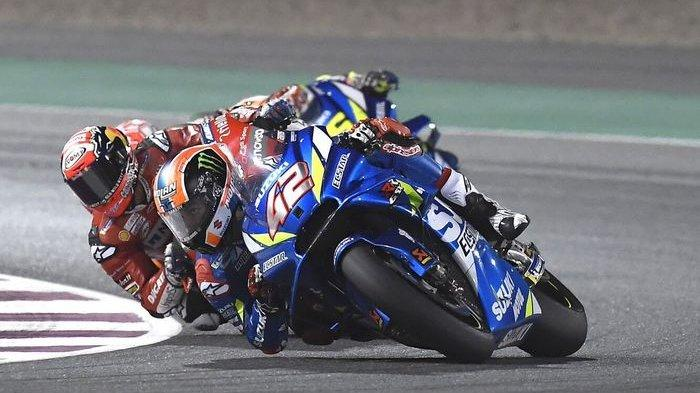 Alex Rins Geser Valentino Rossi di Sesi Warm Up MotoGP Argentina 2019