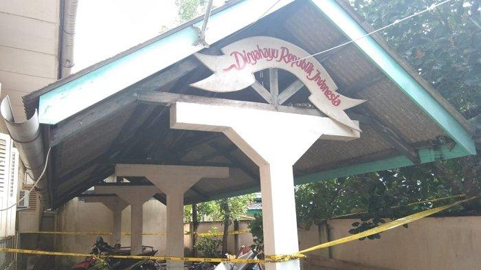 BREAKING NEWS - Pegawai Dinas Pendidikan Belitung Heboh Sosok Lelaki Gantung Diri di Halaman Parkir