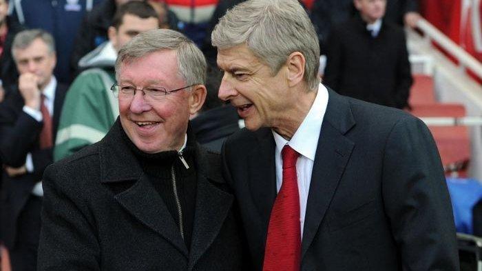 Bungkam Ditanya Waktu Penawaran, Arsene Wenger Ngaku Dapat Tawaran dari Manchester United