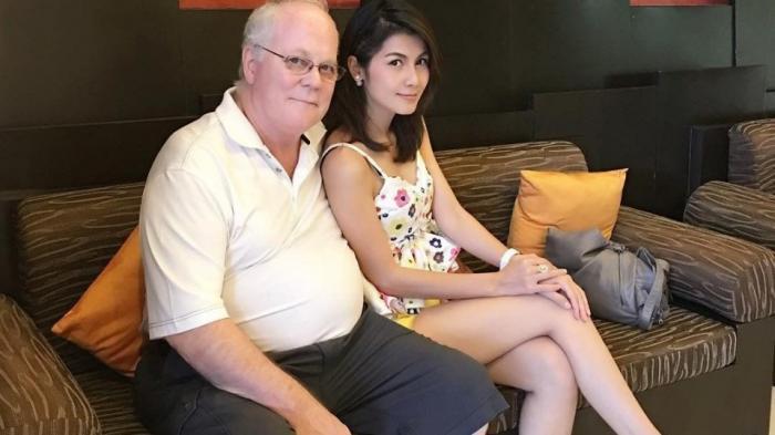 Bintang Film Porno Cantik Asal Thailand Ini Pensiun dari Profesinya Gara-gara Alasan Ini