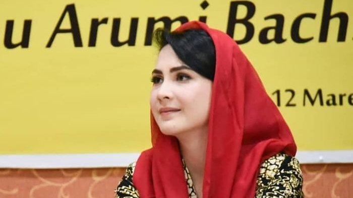 Arumi Bachsin Siap Kembali ke Dunia Hiburan Tanah Air