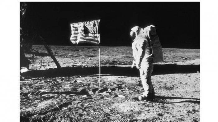 Sejarah 49 Tahun Lalu, Tiga Astronot AS Mendarat di Bulan