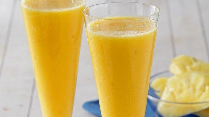 Rutin Minum Campuran Nanas dan Madu, Dijamin Bebas dari Asam Urat
