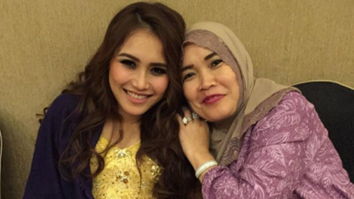 Saldo Rekening Ibu Ayu Ting Ting Bikin Kaget, Kabar Transferan Rp 52 Juta dari Raffi Ahmad Benar?