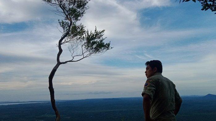 Gadong Hill di Desa Lassar Belitung Punya Panorama Keren, Intip Keindahan Bukit Ini - b-hil1.jpg
