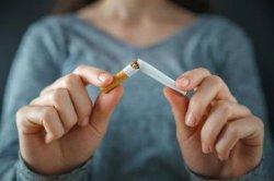 Hindari Sekarang! Langsung Merokok saat Buka Puasa Bisa Timbulkan Risiko Fatal Ini