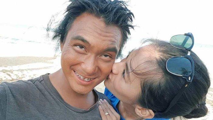 Baim Wong Nasehati Pemulung yang Ngaku Bohongi Istri dan Anak hingga Tak Sholat Selama 5 Tahun