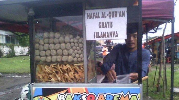 Jadi Viral! Pedagang Bakso Ganteng Ini Gratiskan Selamanya yang Hafal Al Quran